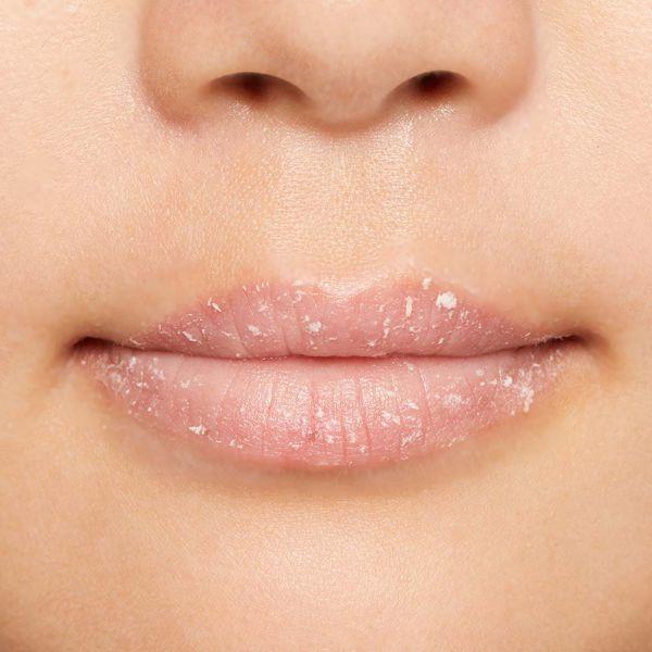 唇のクレンジング&角質除去ができる新感覚バブルリップ に関する画像14