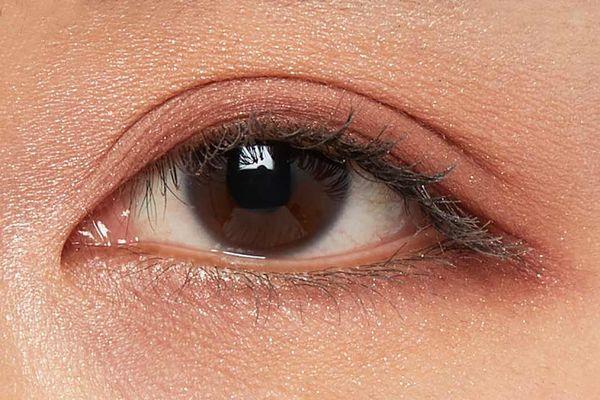 しっとり質感でまぶたに密着!旬顔メイクが完成するテラコッタオレンジをご紹介に関する画像25