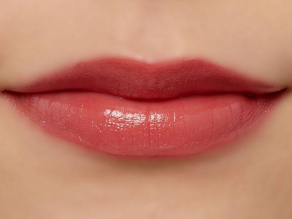 高発色、高保湿の万能リップ『グレイズバームリップ』のGB06 ショコラベリーをご紹介に関する画像30