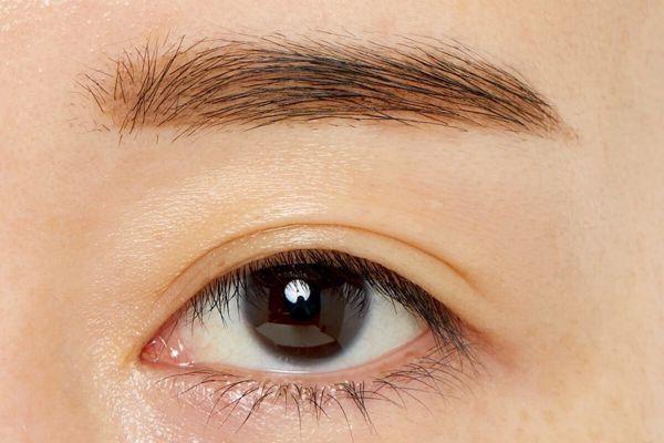 立体的な美眉を1日中キープできる! Kパレット『ラスティングツーウェイアイブロウ リキッドWP 01 ライトブラウン』をレポに関する画像6