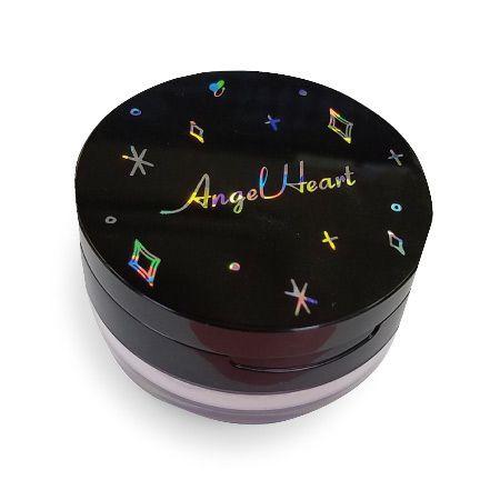 すべすべ肌が持続するAngel Heart(エンジェルハート)『ルースコンパクトパウダー 01 ライトベージュ』をご紹介に関する画像1