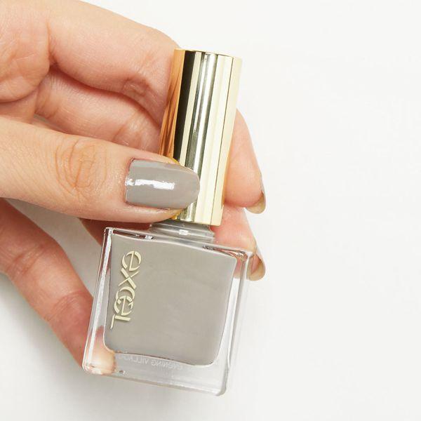 手が綺麗に見える!?使いやすいニュアンスカラーでお洒落な指先に! クールな印象のイブニングヴィレッジをご紹介に関する画像6