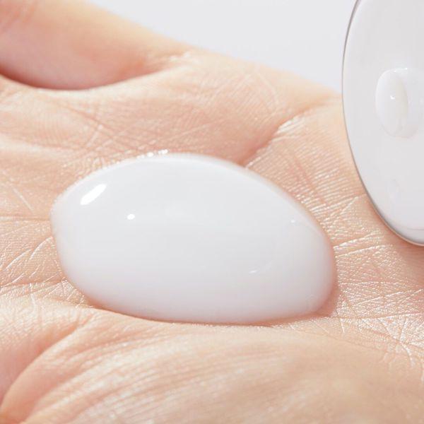 JILLSTUART(ジルスチュアート)『ボディミルク 〈ホワイトフローラル〉』の使用感をレポに関する画像7