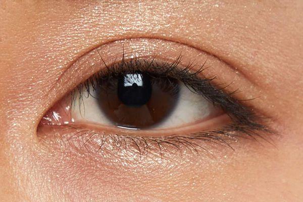 偏光パールで上品な煌めき!奥行きのある目元と深みを演出してくれるチョコファッジをご紹介に関する画像20
