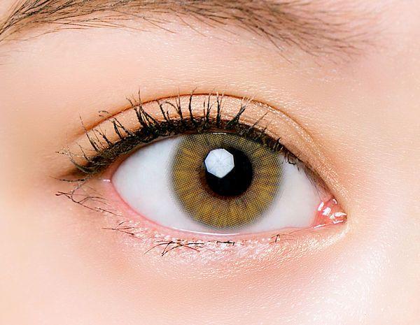 フォトジェニックカラコンでおしゃれな瞳を演出! CHOUCHOUワンデーのフラッシュライムをご紹介に関する画像26