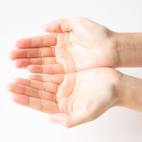 シミ予防*・乾燥・ハリ、丸ごとケアする薬用美白化粧水♡に関する画像17