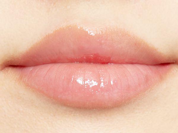 ふっくらジューシーな唇に♡コーラルカラーがあざとかわいいグロスオイルに関する画像18