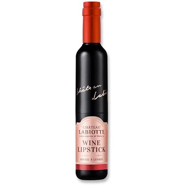 ワインボトル型のパッケージがかわいいLABIOTTE(ラビオッテ)『シャトー ラビオッテ ワイン リップ スティック フィッティング RD03 カベルネレッド』をご紹介に関する画像1