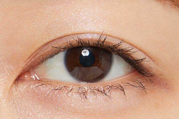 3Dラメが目元に輝きをプラス♡ シャドーカスタマイズ(フローティング)のヒヤシンスをご紹介に関する画像15