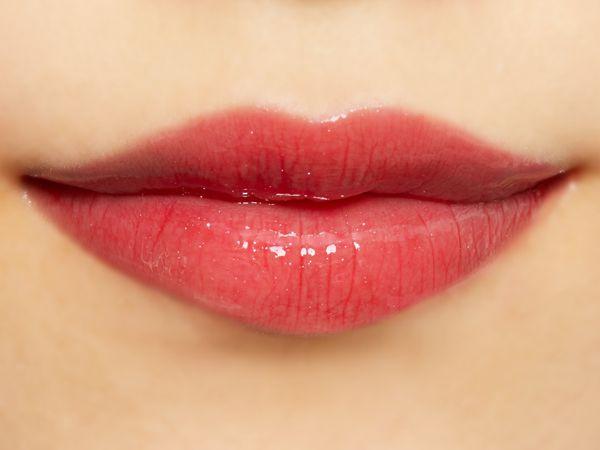 潤いたっぷりのふっくら唇に Lipaddict 205 セクシーセダクトレスに関する画像22