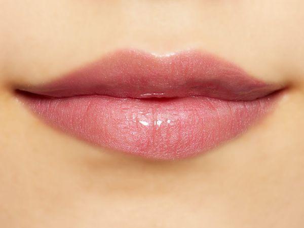 潤いたっぷりのふっくら唇に Lipaddict 208 ラズルダズルに関する画像37