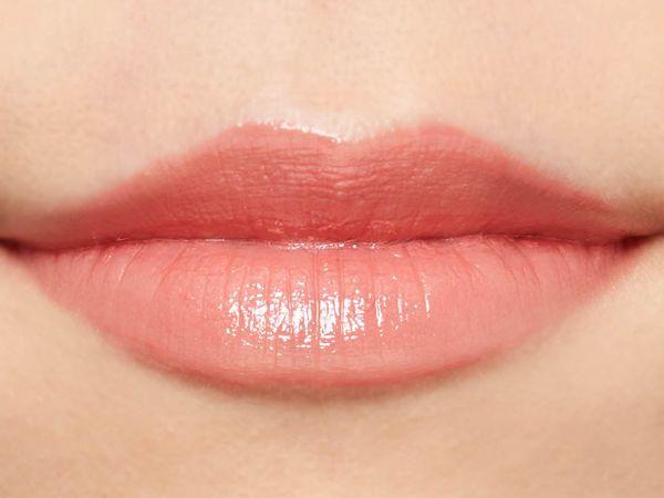 "SNSで話題の""キス顔リップ""♡ プランプピンクのテラコッタブラウンをご紹介に関する画像46"