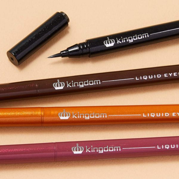 鮮やかな美発色のkingdom(キングダム)『リキッドアイライナーWP オレンジブラウン』をご紹介に関する画像1