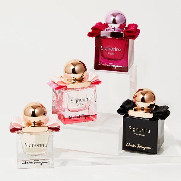 サルヴァトーレ フェラガモで人気の香水『ミニ シニョリーナ リベレ オーデパルファム』をレポに関する画像1