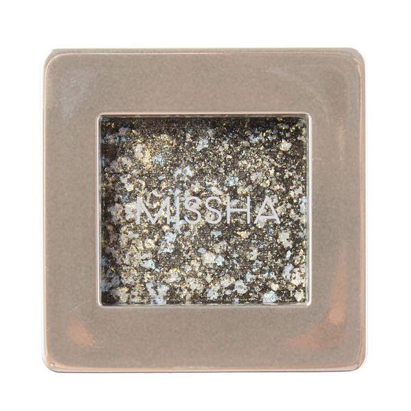 宝石のような輝き! ミシャ『グリッタープリズムシャドウ GGR02 ハーバルプリズム』の使用感をレポに関する画像1