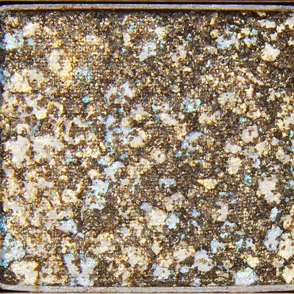 宝石のような輝き! ミシャ『グリッタープリズムシャドウ GGR02 ハーバルプリズム』の使用感をレポに関する画像11