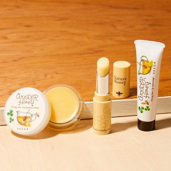 VECUA Honey(べキュアハニー)『ワンダーハニー 唇蜜バーム』をレポ!に関する画像18