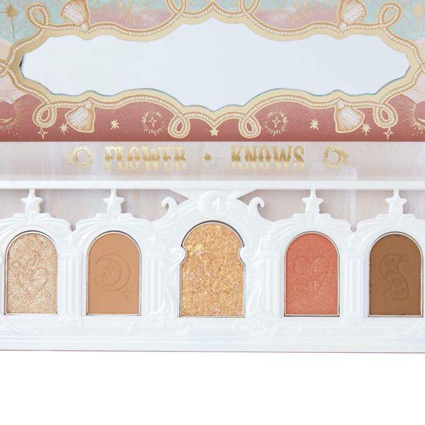 落ち着いた色合いが特徴のフラワーノーズ『ユニコーンシリーズ アイシャドウパレット ドリーミーパリ』をご紹介に関する画像8