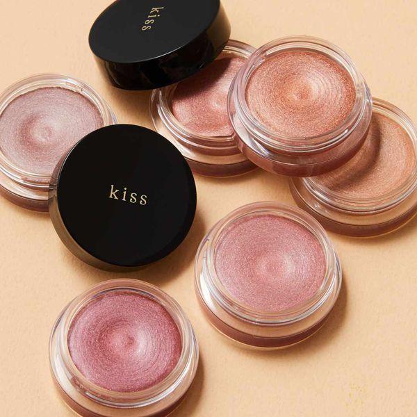 kiss(キス)『シマリングクリームアイズ 06 赤み系ブラウン』の使用感をレポ!に関する画像1