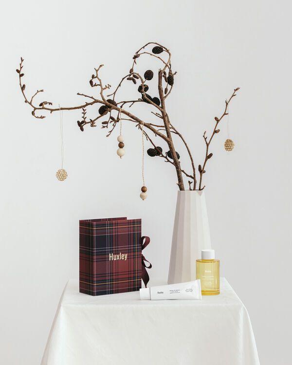 上質なボタニカルな香りのHuxley(ハクスリー)『ホリデーコレクション;ハンドアンドボディ』をご紹介に関する画像7
