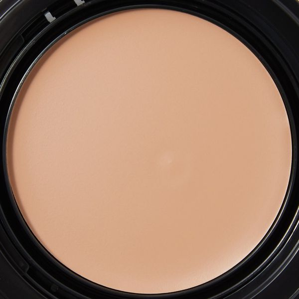KATE(ケイト)『レアペイントファンデーションN 04 やや濃いめの色』の使用感をレポに関する画像8