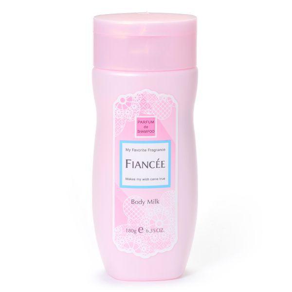甘い香りですべすべ肌にFIANCEE(フィアンセ)『ボディミルクローション ピュアシャンプーの香り』のご紹介に関する画像1