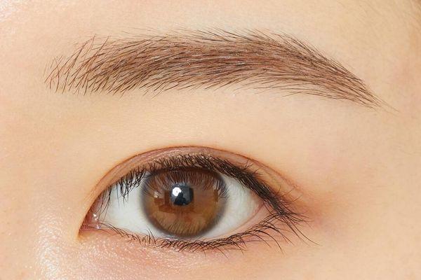 女性らしいふんわり眉に! ヘビーローテーション『カラーリングアイブロウR 06 ピンクブラウン』をご紹介に関する画像7
