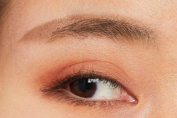 自分に合うカラーの眉に簡単チェンジ!メイク初心者さんも使いやすいナチュラルブラウンをご紹介に関する画像21