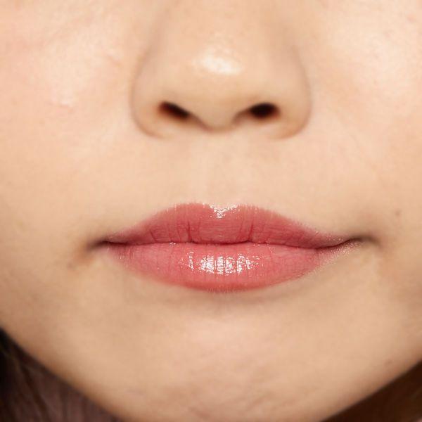 """唇の色を""""隠さずいかす""""! うるつやシアーな発色のスリークグロウリップ『アプリコットフィグ』をご紹介に関する画像19"""