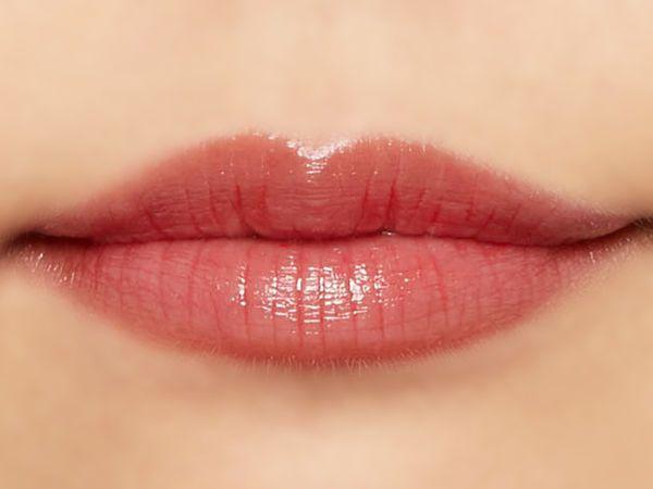 """唇の色を""""隠さずいかす""""! うるつやシアーな発色のスリークグロウリップ『アプリコットフィグ』をご紹介に関する画像35"""