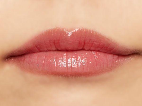 """唇の色を""""隠さずいかす""""! うるつやシアーな発色のスリークグロウリップ『ピンクミラージュ』をご紹介に関する画像11"""