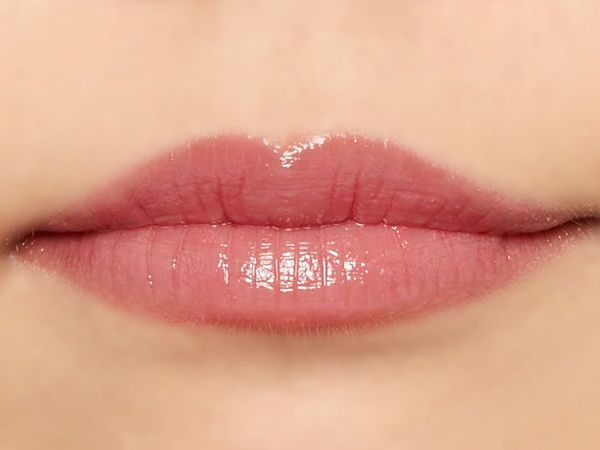 """唇の色を""""隠さずいかす""""! うるつやシアーな発色のスリークグロウリップ『プラムローズ』をご紹介に関する画像30"""