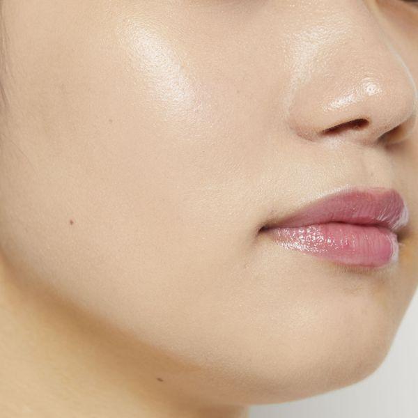 VT cosmeticsのホワイトグロウCCクッション 21 アイボリー 12g SPF50+ PA+++に関する画像2