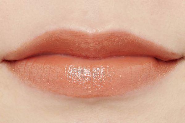 ザ パブリック オーガニックのオーガニック認証 精油カラーリップスティック ノーブルオレンジ 3.5gに関する画像2