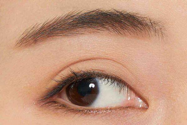 VT cosmeticsのアイブロウウードペンシル 03 レッドブラウンに関する画像2