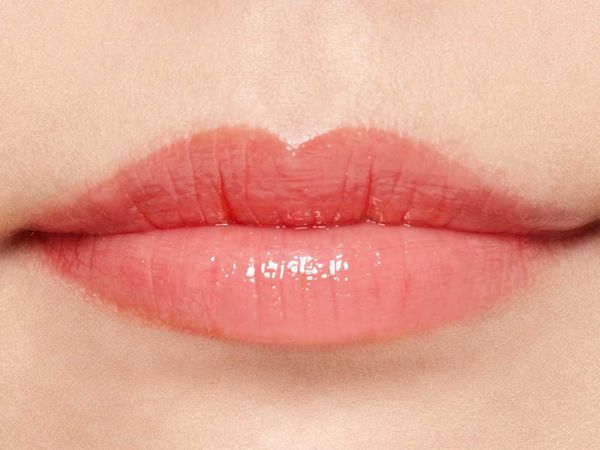 プランプピンクのプランプピンク メルティーリップ グロス 123 サニーレッド 8gに関する画像2