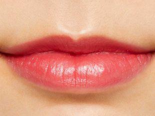 SELF  BEAUTY ビューティチュードシアマットリップ スティックカラー 203 バレンタイン ロージー 0.9g の画像 1