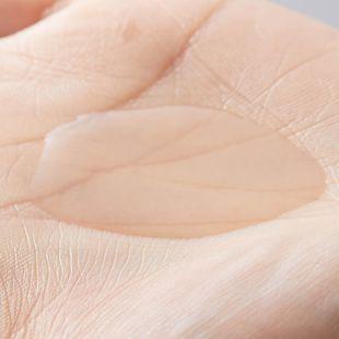 ONE THING 化粧水 ナイアシンアミド 150ml の画像 1