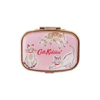 キャス・キッドソン キャス・キッドソン リップバームコンパクト 本体 キャッツ 6g 甘いキャンディの香りの画像