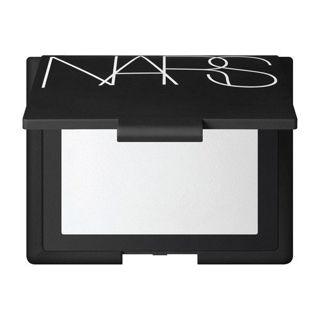 NARS ライトリフレクティングセッティングパウダー プレスト N 7gの画像
