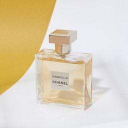 種類豊富なシャネルの香水。香りとボトルの種類を徹底解説!の画像