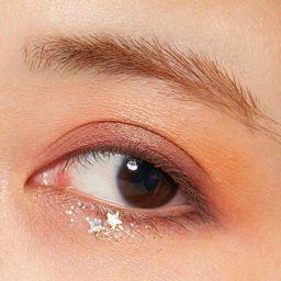 【目の形別】ピンクアイシャドウの選び方と塗り方徹底解説!おすすめの商品14選紹介の画像