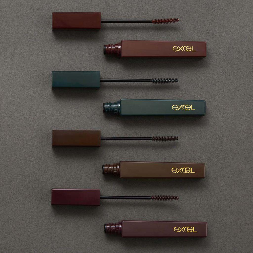 【日常使いしやすい♡】excelのカラーマスカラはニュアンスで色づくダークカラー