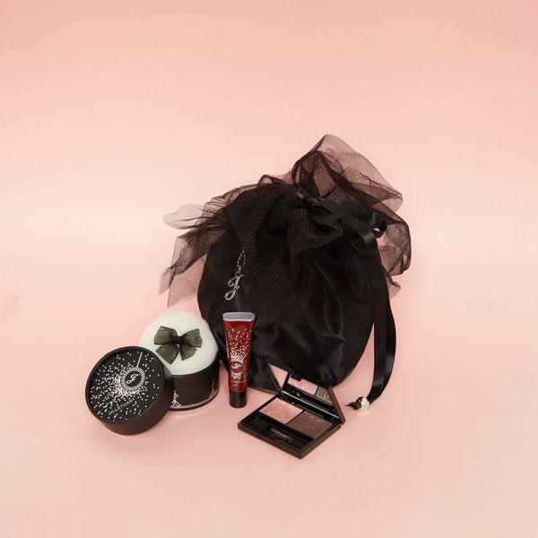 JILL STUARTのMy Black Dressから初めてのホリデーコレクションが登場♡の画像
