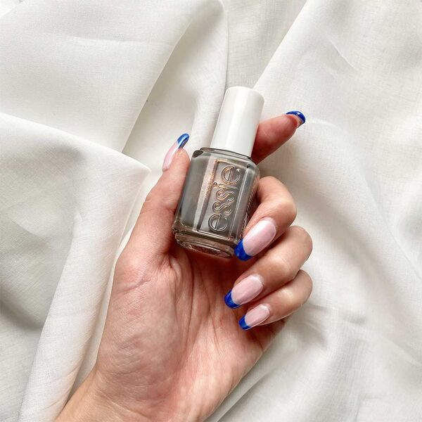 essie ネイルポリッシュの人気色は? おすすめカラーやアイテムの魅力を紹介の画像